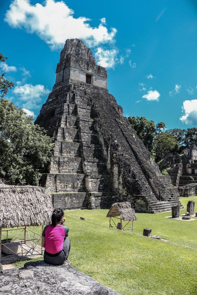 Tikal, Flores